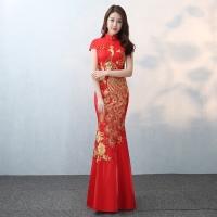 Dress Maxi Model Cheongsam Slim Fit Warna Merah untuk Pesta Pernikahan