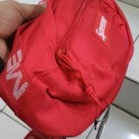 Supreme Waistbag SS18 Red Edition BNIP