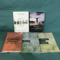Paket 5 Buku Novel Fiersa Besari Arah Langkah Konspirasi Garis Waktu