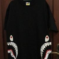 BNWT T-Shirt Bape Shark Glow in the dark - Kaos Bape Original uk XL