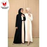 Nafashakila Sely Gamis, Abaya Hitam dan Putih Krim