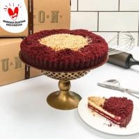 Union Red Velvet Pie 28cm (Kue Ulang Tahun/Birthday Cake)