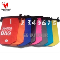 Dry Bag Waterproof bag ( Tas anti air ) 2 Liter