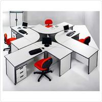 Meja Kerja Staff Kantor Eksklusif 4 Orang Bentuk Model L Laci