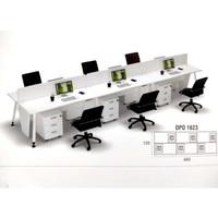 Meja Kerja Staff Admin Kantor 6 Orang Cubicle Sekat Partisi Putih Laci