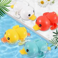 Mainan Bak Mandi Bentuk Bebek Berenang Putar Jalan