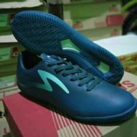 Sepatu Futsal Specs ECLIPSE IN - Navy/Dazzling Blue/Riviera Blue