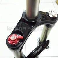 NEW FORK SEPEDA MTB 26  INCH GT MRK AIR / ANGIN LOCK OUT MURAH
