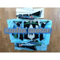 Cover body sayap luar dalam supra x 110 lama striping biru