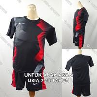 Setelan Baju/Kaos Sepak Bola/Futsal Dri-Fit Print Anak Nike NK146 3