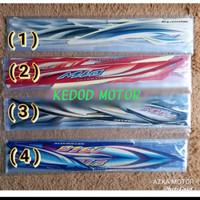 Striping Sticker Mio sporty tahun 2007 warna Hitam-merah-biru-putih