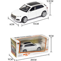 1:32 Audi Q5 Diecast Kendaraan Model Mobil Suara Cahaya Koleksi