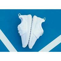 Sepatu Nike Rosherun Putih Polos Grade Original Made In Vietnam.