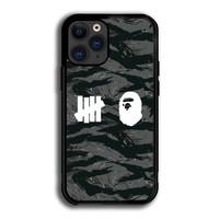 Case Iphone 12 Pro Bape x Undefeated Black Grey Tiger Camo P1963