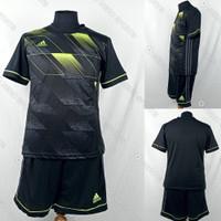 Setelan Baju/Kaos Sepak Bola/Futsal Dri-Fit Print Adidas AD156 Hitam