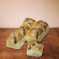 Chocolate Pillow Bread