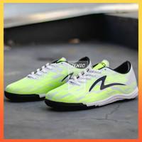 Cantik Sepatu Futsal Specs Accelerator Infinity IN Emperor Red Bola