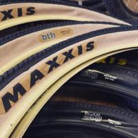 Maxxis 26 Pcs Ban Sepeda Mtb Retro Ukuran 26x2.15 2.3 warna Beige