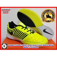 Sepatu Futsal Nike Lunar Gato II Volt Black White-Sepatu futsal NIke