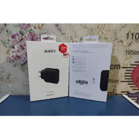 KABEL DATA NWS 40355 AUKEY CHARGER PA T9 1 PORT 19 5W QC 3 0 ORIGINAL