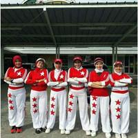 Zumba Sedada Aerobic Senam Putih Fitness Lapangan Baju Merah Setelan C