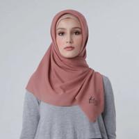 Zoya Hijab Kerudung Segiempat - Zig Zag Scarf