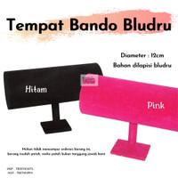Tempat Bando Bludru Hitam Atau Pink / Display Pajangan Bando