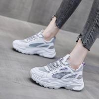 Sepatu Wanita Sneakers Temali Terbaru Terkeren Masa Kini Design Elegan