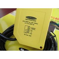 Q60VR3AF2000 1PCS NEW BANNER Photoelectric Switch #exp