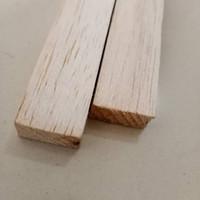 1x2 Kayu balsa stick 10mm x 20mm 2CM STIK BALOK KAYU BALSA RENG DAPAT