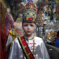 Baju Adat Lampung Anak lengkap topi dan kain tapis
