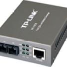 Tp-LINK MC110CS: 10/100M RJ45 to 100M single-mode SC Fiber Converter, Full Duplex, Up to 20Km, Switching power adap.