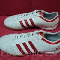 Sepatu Futsal Adidas Adinova White Red 003