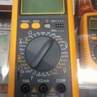 Avometer/multitester Digital merk heles UX866TR