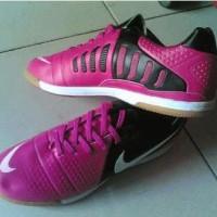 Sepatu Futsal Nike CTR 360 Maestri