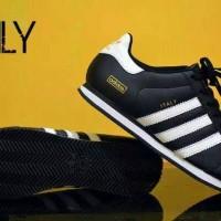 Sepatu Adidas Italy Black