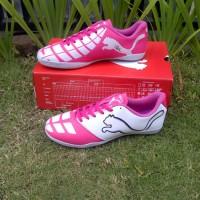 Sepatu Futsal Puma Pink Femim