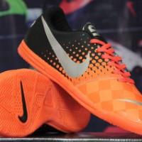 sepatu futsal Nike Elastico Hitam Orange