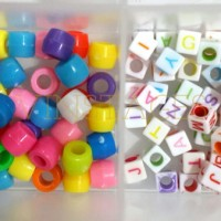 Beads solid & letter for rainbow loom
