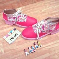Sepatu docmart heels pink motif cantik murah