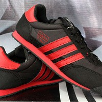 Sepatu Casual Adidas Dragon Hitam Strip Merah