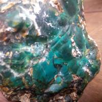 Bonngkahan batu bacan doko semi kristal