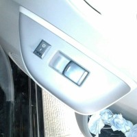 Switch Power window kiri Datsun GO&Go+