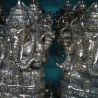 Arca Kuningan Ganesha Bersila 16 cm