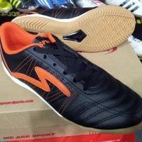 Sepatu Futsal Specs Horus - Black-Orange-400313