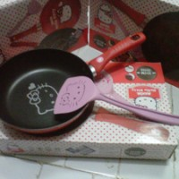 Alat Masak Teflon Maxim Hello Kitty 20 cm