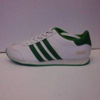 sepatu adidas italy putih strip hijau