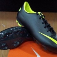 Sepatu Bola Anak Nike Mercurial Victory III Hitam Volt