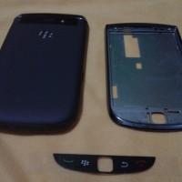 Casing Blackberry Torch 1 9800 Fullset Warna Hitam Dan Putih Original