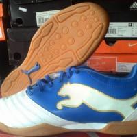 sepatu futsal puma powercat 3.12 putih biru original